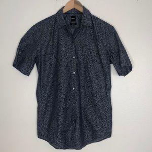 Hugo boss button up short sleeve shirt sz med
